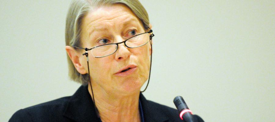Anna Louise Kirkeng specialist i allmänmedicin talar för Nordiska rådets välfärdsutskott vid deras möte i Stavanger 2008-04-15